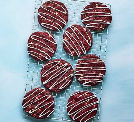 Red velvet cookies | Recipe in 2020 (With images) | Red ...