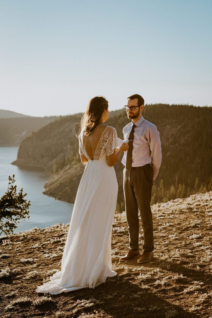 Tender Elopement at Crater Lake National Park, OR #craterlakenationalpark Tender Elopement at Crater Lake National Park, OR | Meg & Will #craterlakenationalpark