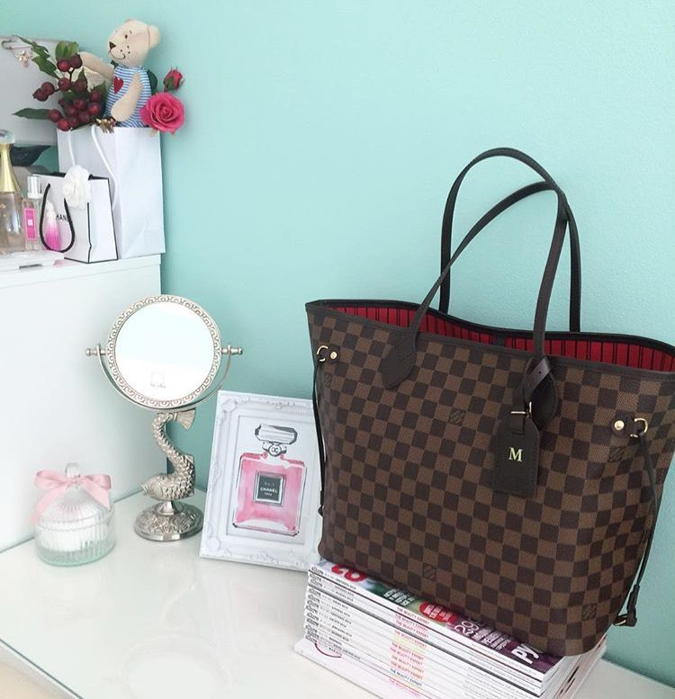 4703dce4b4 Louis Vuitton Carry It ALL  The Best Designer Tote Bags