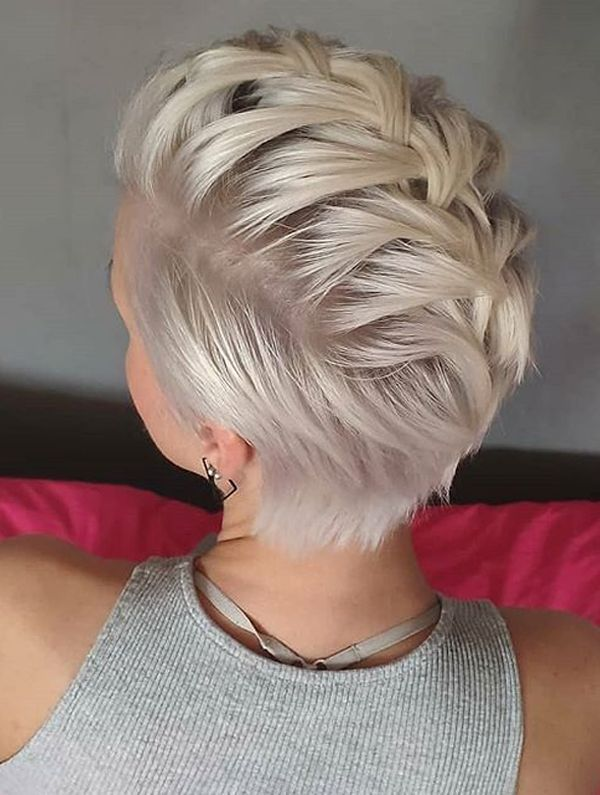 Trendy Pixie Haircuts and Hairstyles for Short Hair in Year 2019 – #haircuts #ha…