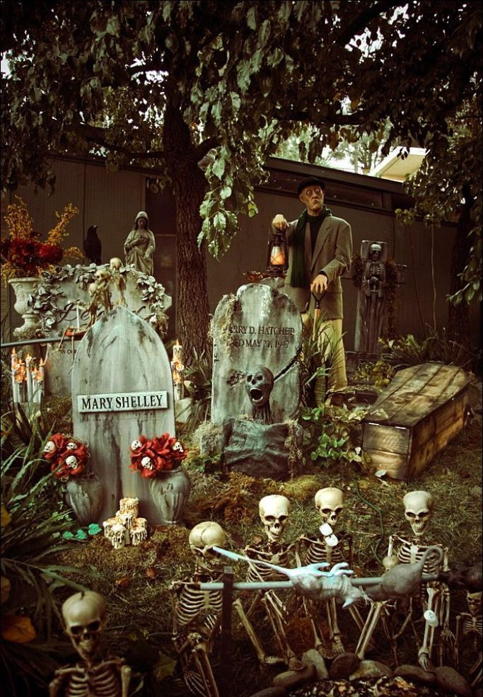 30 Outdoor Halloween Decorations Ideas Pinterest Outdoor - how to make halloween decorations for yard