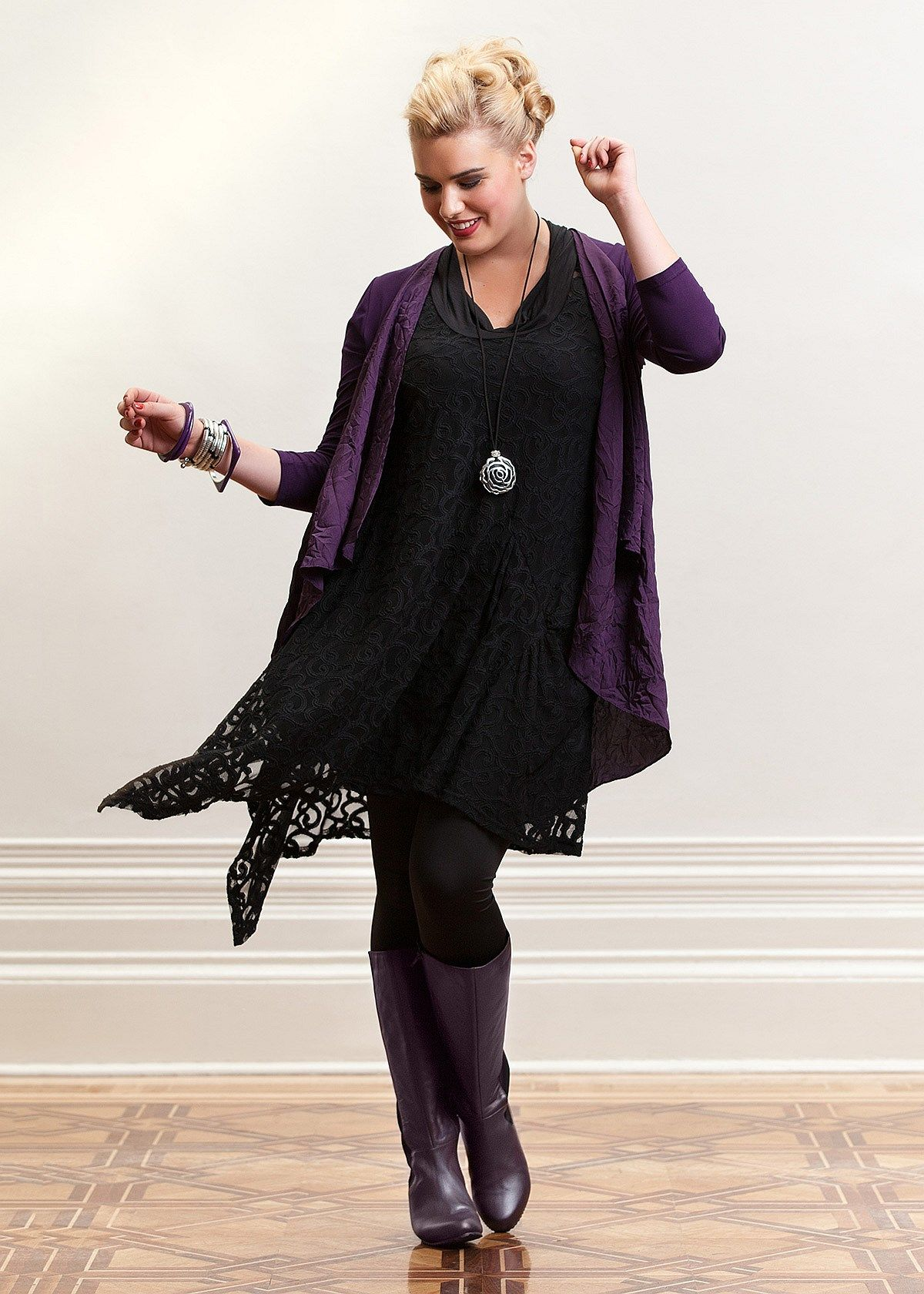 Stylish Plus Size Evening Wear for Women   KORE WAVE CARDY   TS20 ...