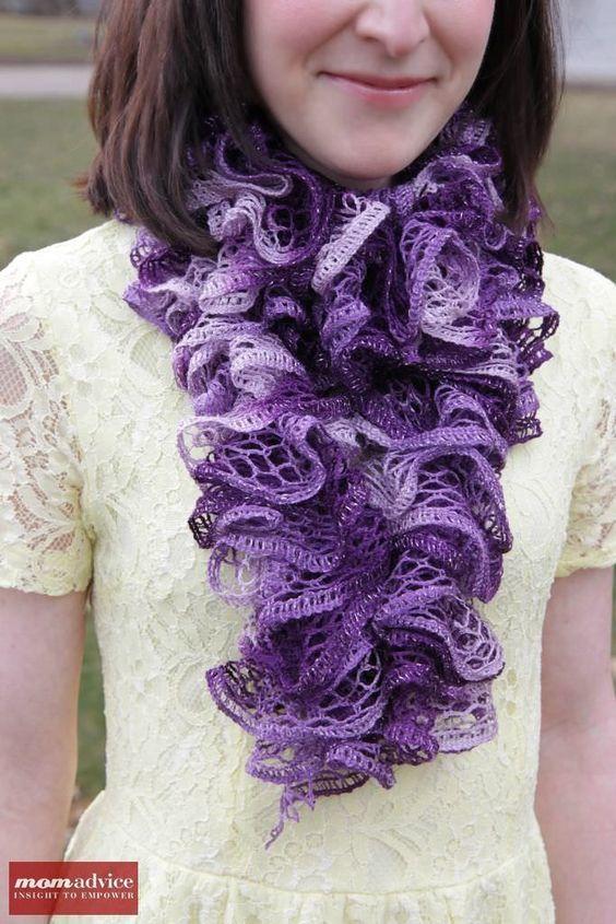 Easy Knitted Ruffled Scarf With Sashay Yarn   Puntadas y Ganchillo