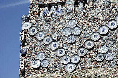 Porcelain wall