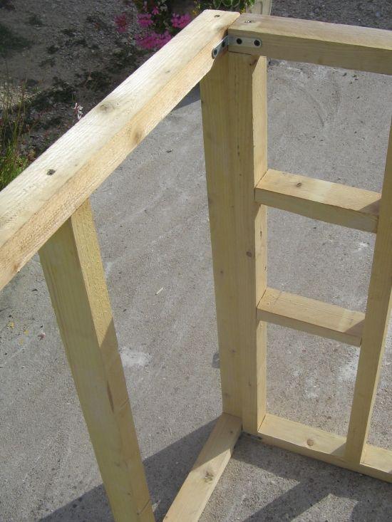 Construction du0027une maisonnette à ossature bois et brande de bruyères