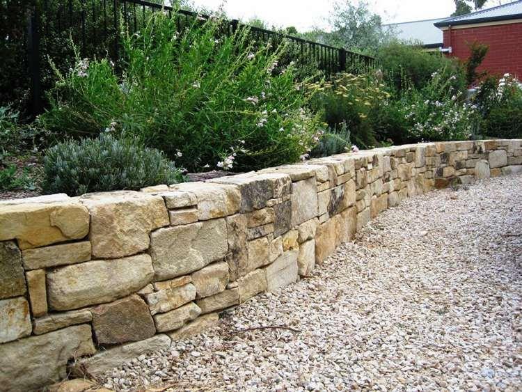 Muret De Jardin En Pierre