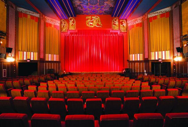 9 Boston-area Movie Theaters You Can Booze In from Thrillist