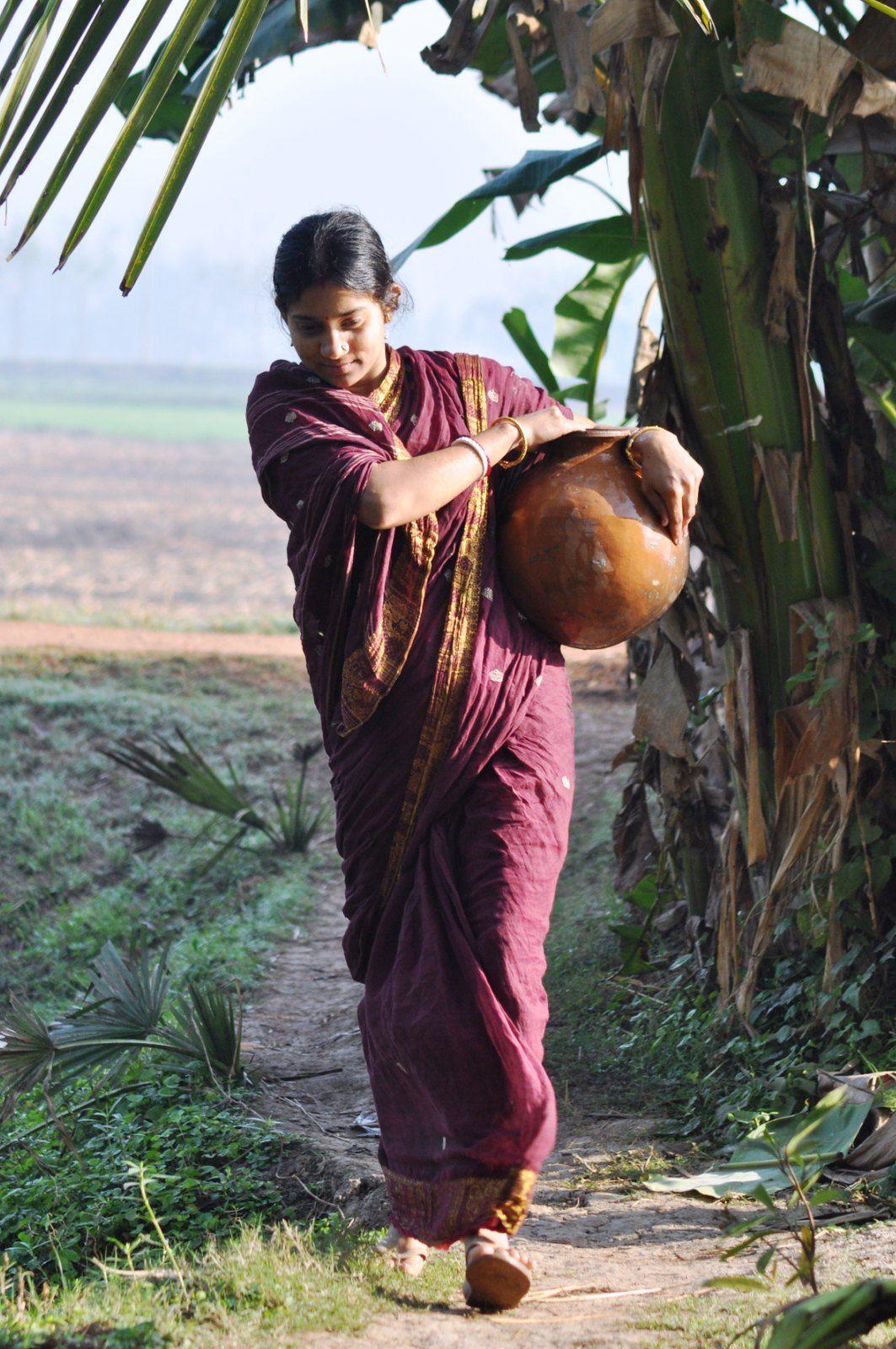 Indian Women in 2020 Village photography, Village photos