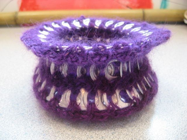 Purple Can tab bowl by cindycreativecrochet, via Flickr