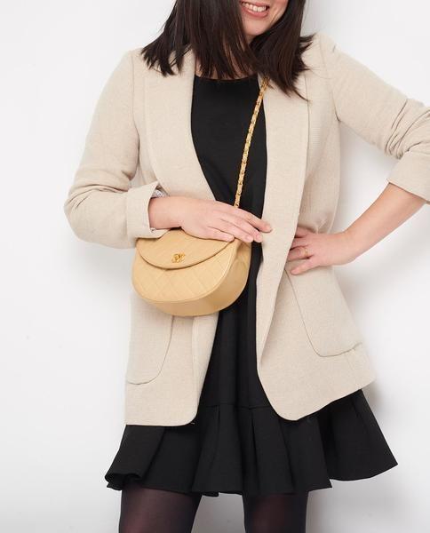 de13dd4f7170 Vintage Chanel beige mini quilted cross body bag | VINTAGE CHANEL ...