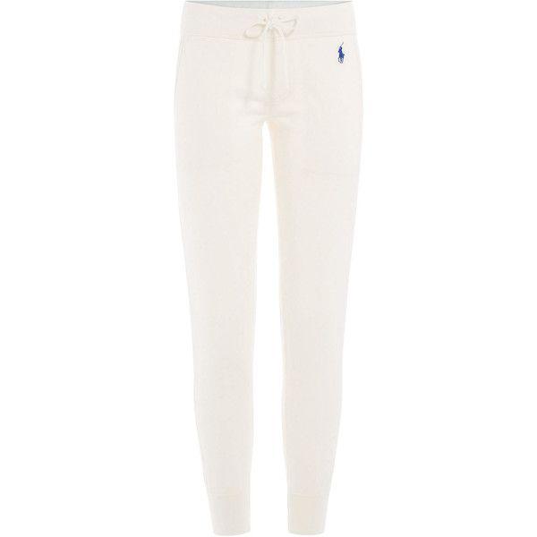 Polo Ralph Lauren Sweatpants (760 NOK) ❤ liked on Polyvore featuring activewear, activewear pants, pants, white, cotton sweatpants, tapered sweatpants, polo ralph lauren sweatpants, sweat pants and cotton sweat pants