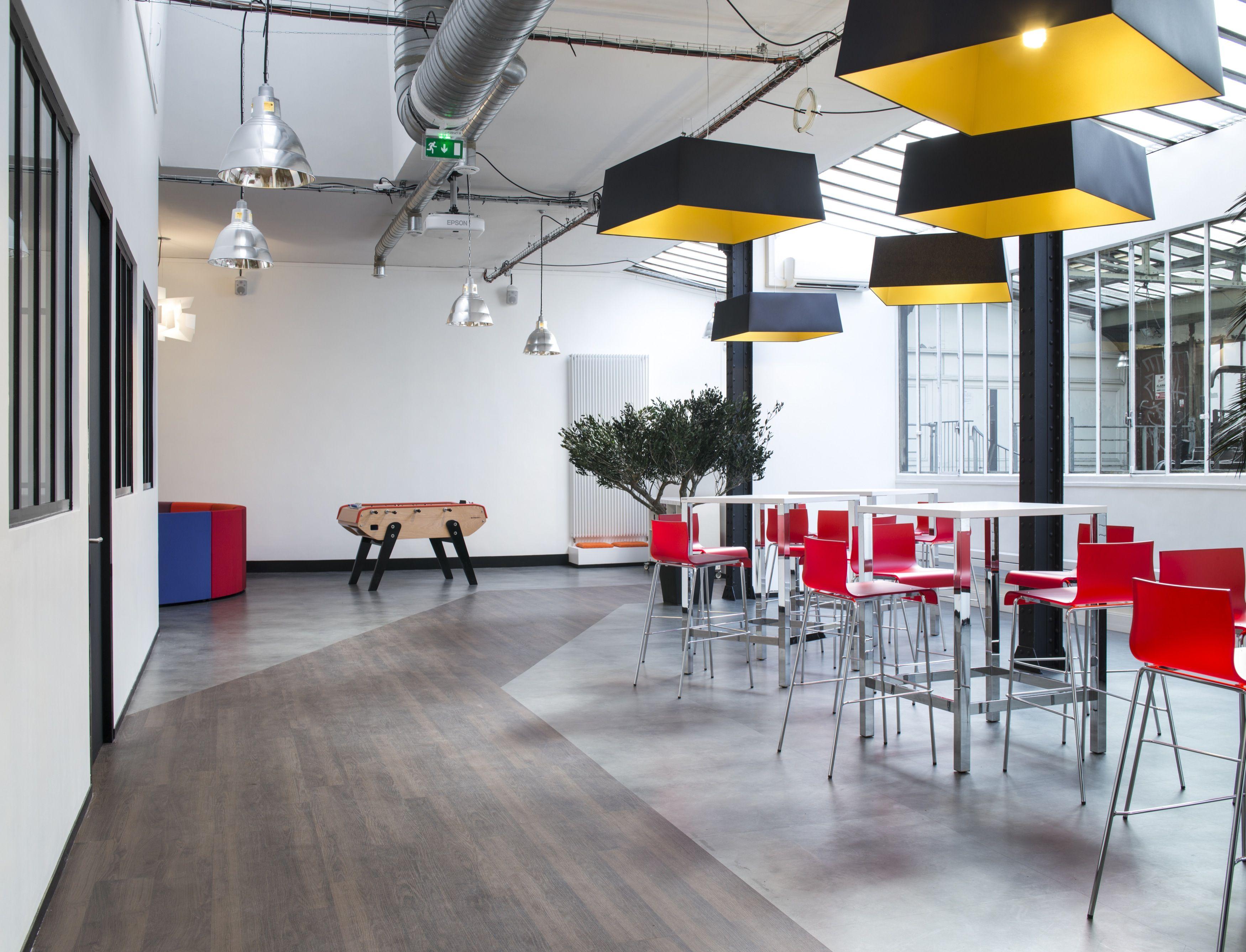 comment am nager un tiers lieux au sein de votre entreprise style design bureau bureaux. Black Bedroom Furniture Sets. Home Design Ideas