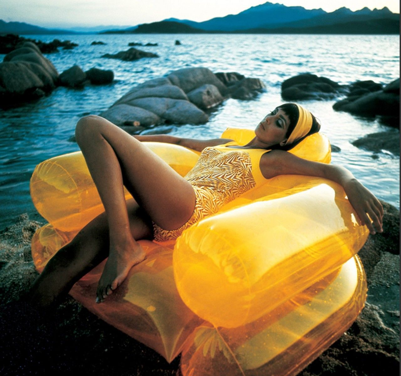 Zanotta Online Shop in 2020 Inflatable chair, Inflatable