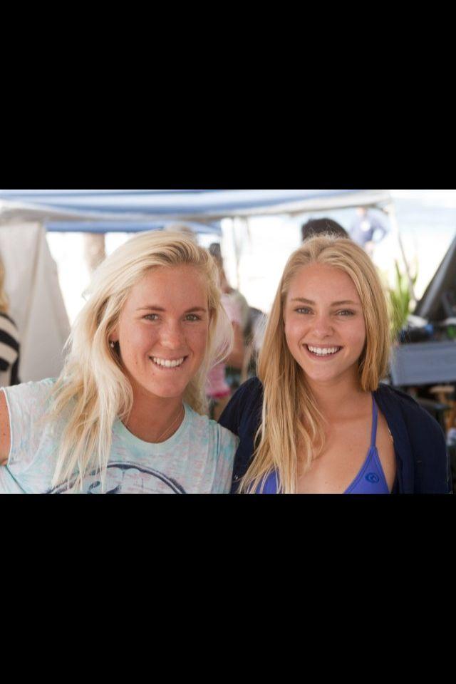 Bethany Hamilton and AnnaSophia Robb on set of Soul Surfer