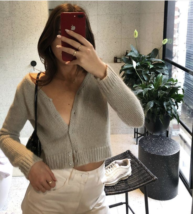 street style, style inspo, outfit inspo, cropped cardigan, white jeans, black ba…