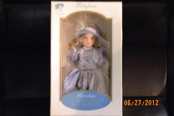 DG CREATIONS PORCELAIN DOLL ORNAMENT HOLLYLANE FREE SHIPPING