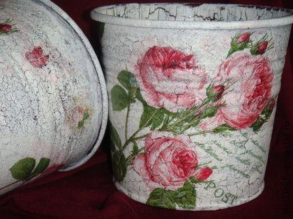 """Porta lápis feitos à mão.  Mestres Feira - porta lápis artesanal """"Rosas"""".  Handmade."""