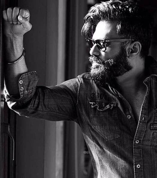 Can We Just Talk About How Hot Suniel Shetty Has Gotten? #hairandbeardstyles