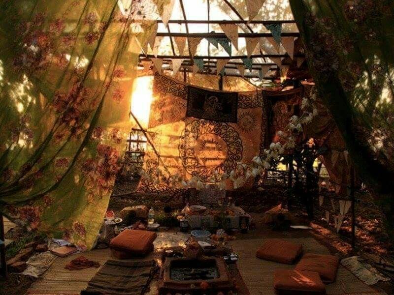 via Hippie Beauty/FB Casas bohemias, Casas de cuento