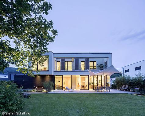 Nahtloser Übergang Köln / Bonn CUBE Magazin Architekt
