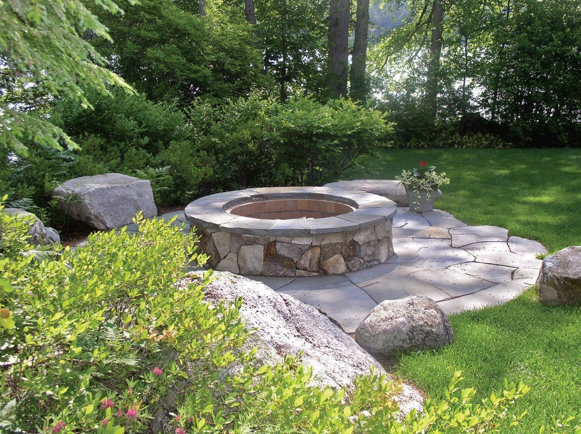 Lakefront landscaping ideas google search backyard for Lakefront landscaping photos