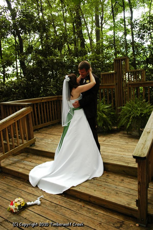 Find This Pin And More On Maggie Valley Weddings By Timberwolfcreek Outdoor Wedding Chapel