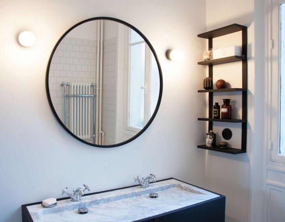 Déco de salle de bains en noir et blanc