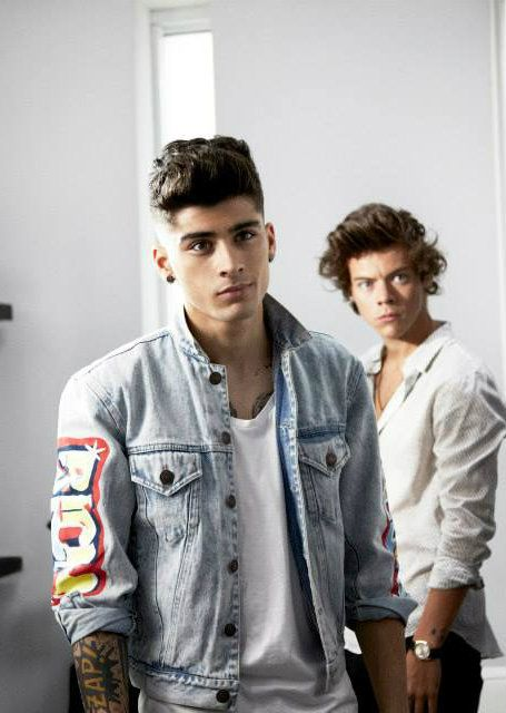 sexy zayn and harry :)