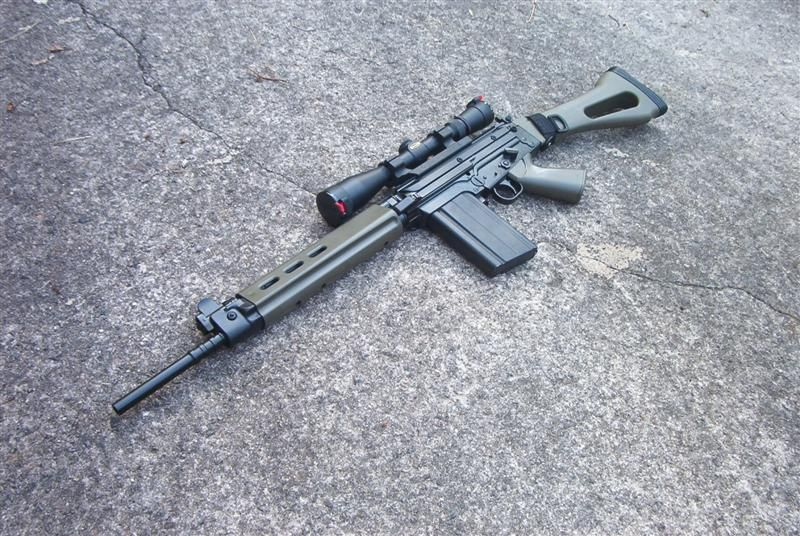 Scoped FN FAL  308 (7 62 NATO) with OD Green furniture