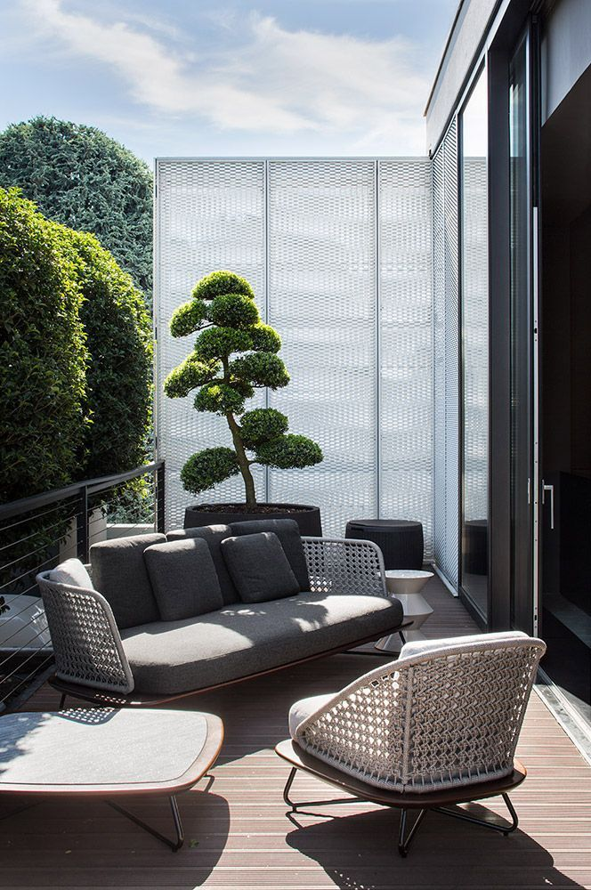 Photo of 22 Smart Balcony Designs with Space Saving Furniture and Planters