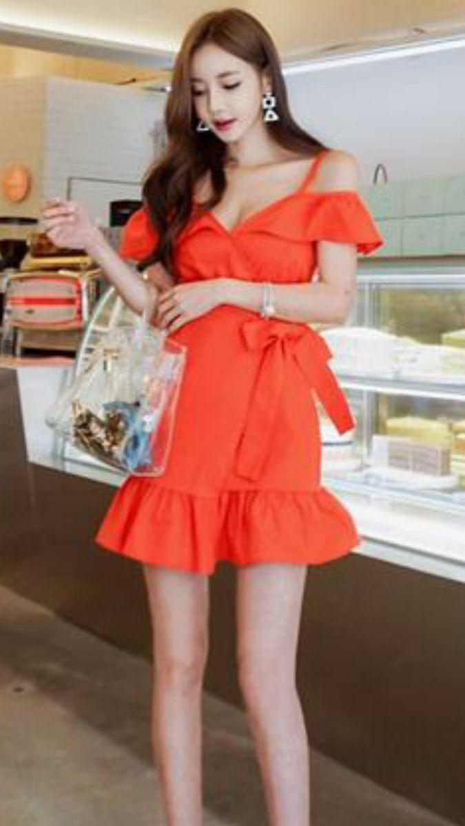 ボード「Asian Girls in Traditional Clothing」のピン