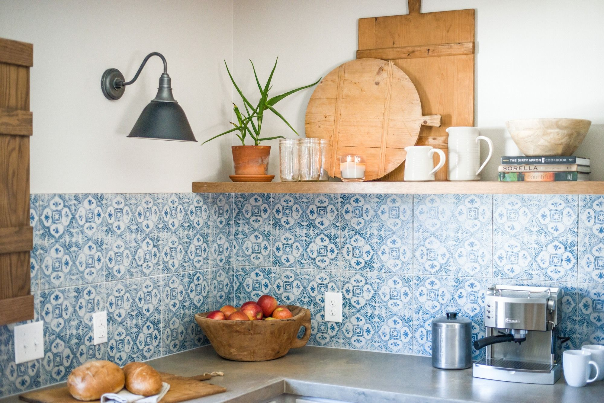 Episode 07 - The Baker House   Kitchens, Kitchen dining and Hgtv