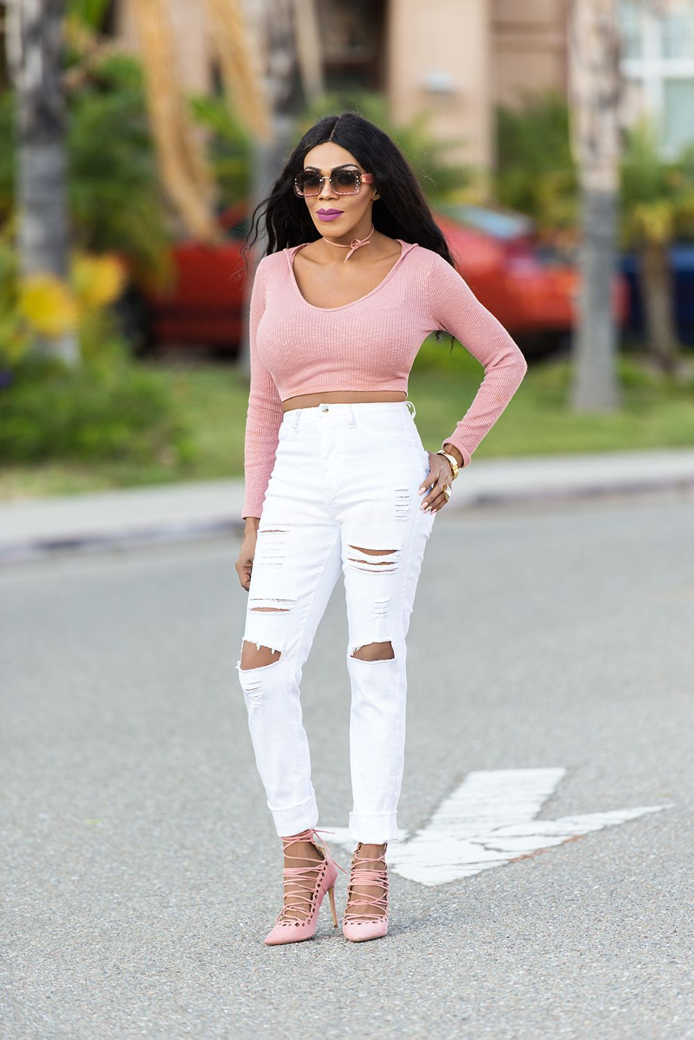 7a635bdce42e Ripped White Jeans and Lace Up Heels