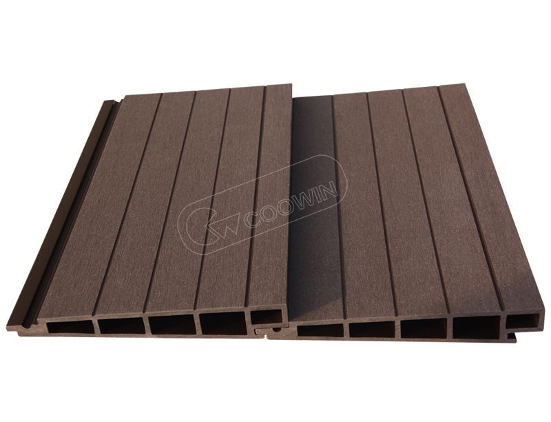 TF-04D (185x30m) es el Decking más popular de WPC, humedad impermeable, efecto retardador de llama es muy bueno, al mismo tiempo también tiene Anti-fade, función anti-UV. www.coowinmall.com