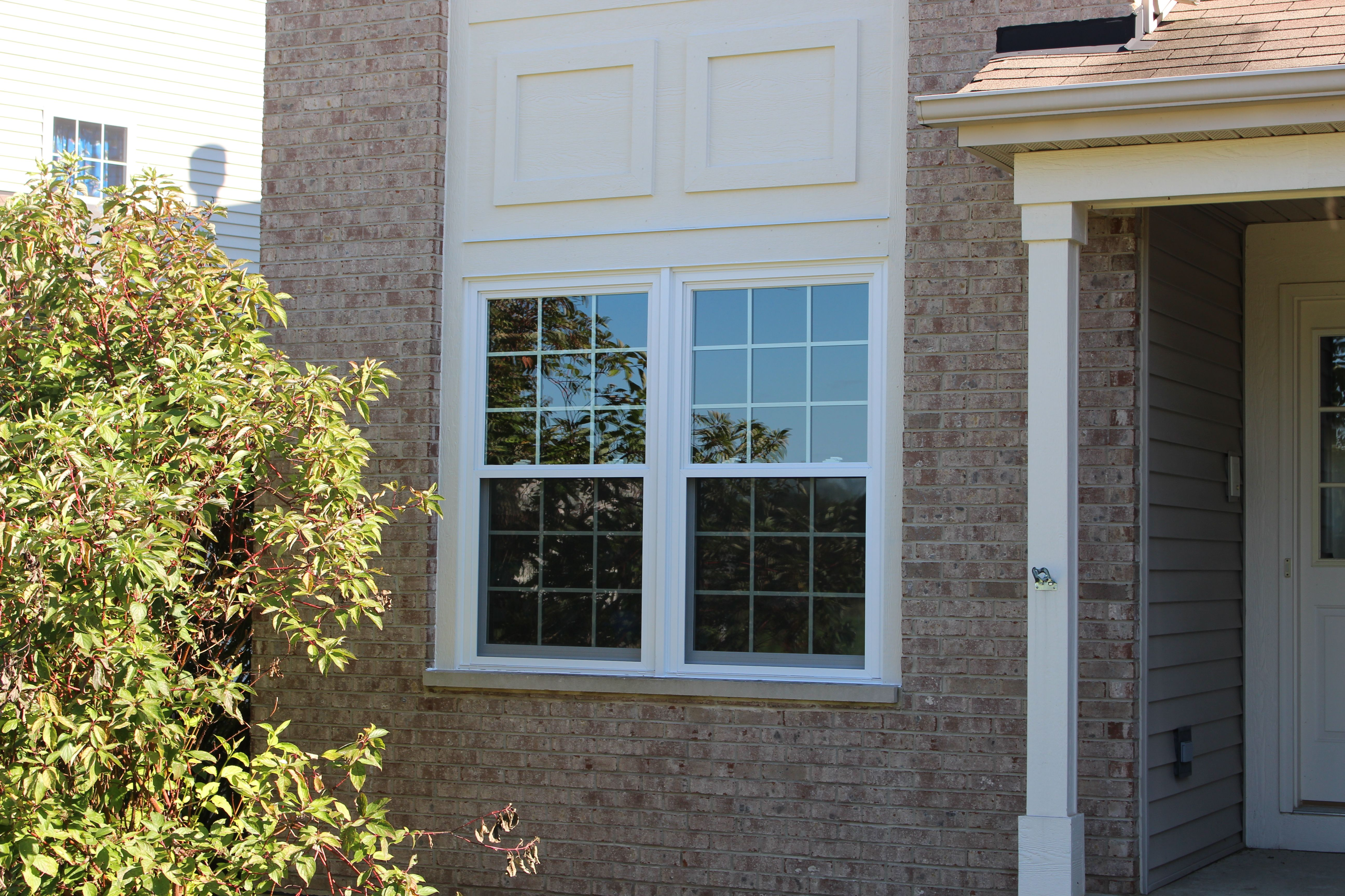 Builder Grade Windows Replaced By New Updated Windows Windows Replace Door Windows Doors