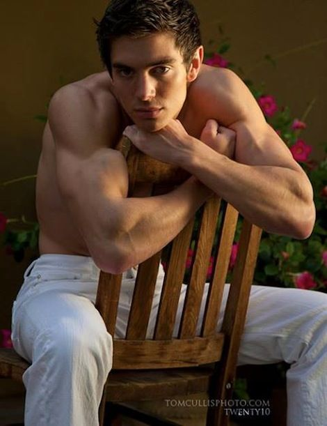 Steve Grand Celebrates Success Of All American Boy Video With