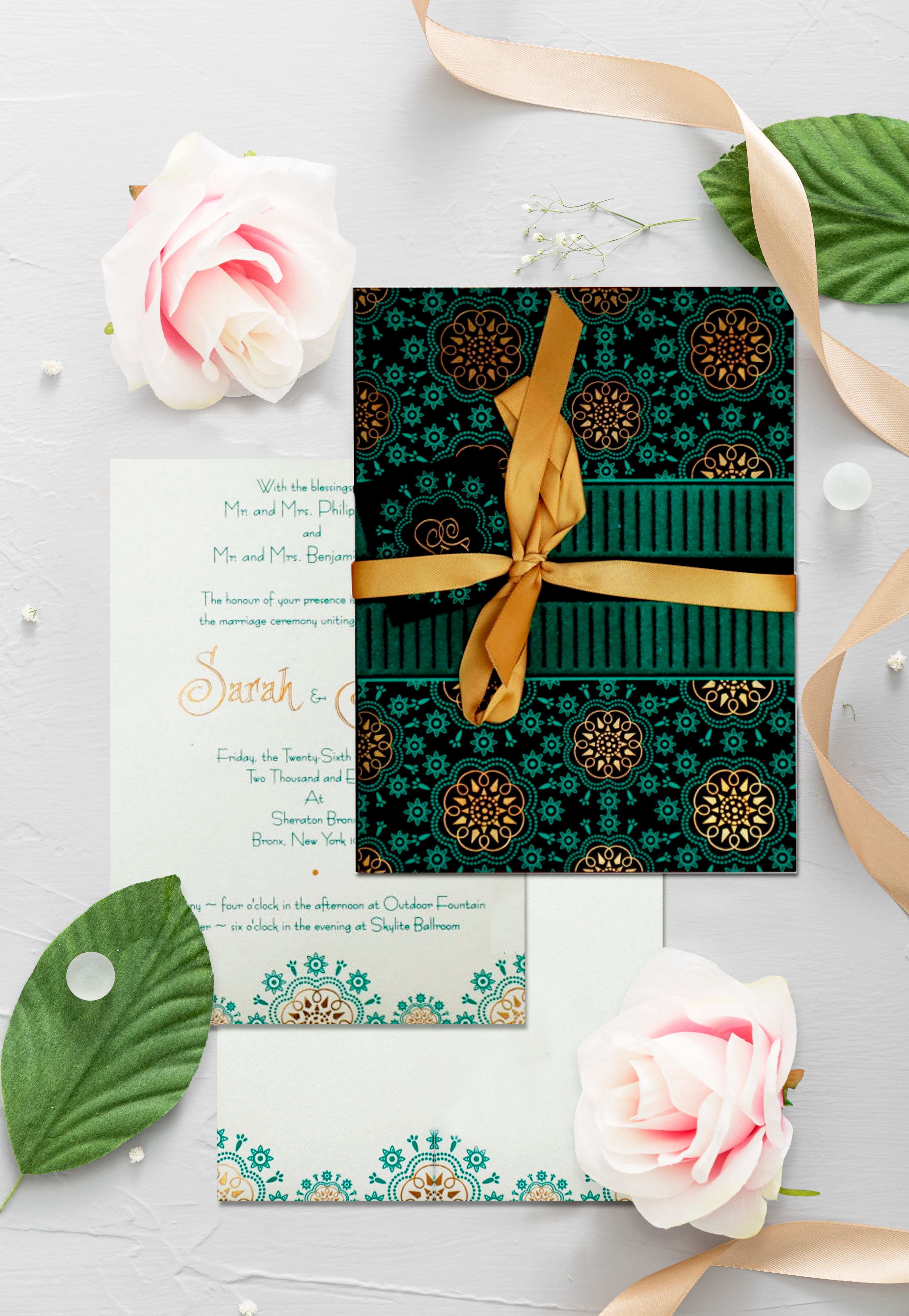 The beauty of the color combo will steal your hearts. Happy Weekend. 😍  #123WeddingCards #weddinginvitations #weddingcards