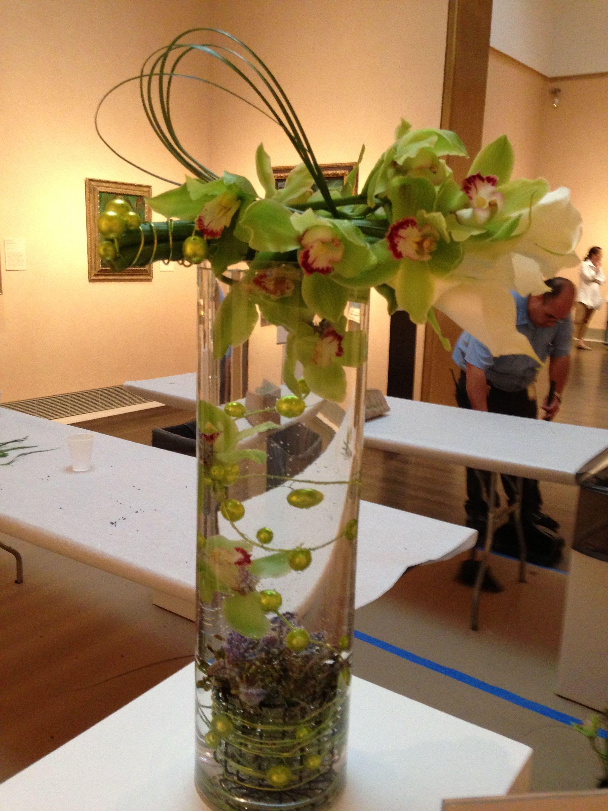 Award Winning Underwater Floral Design by Elizabeth Stone