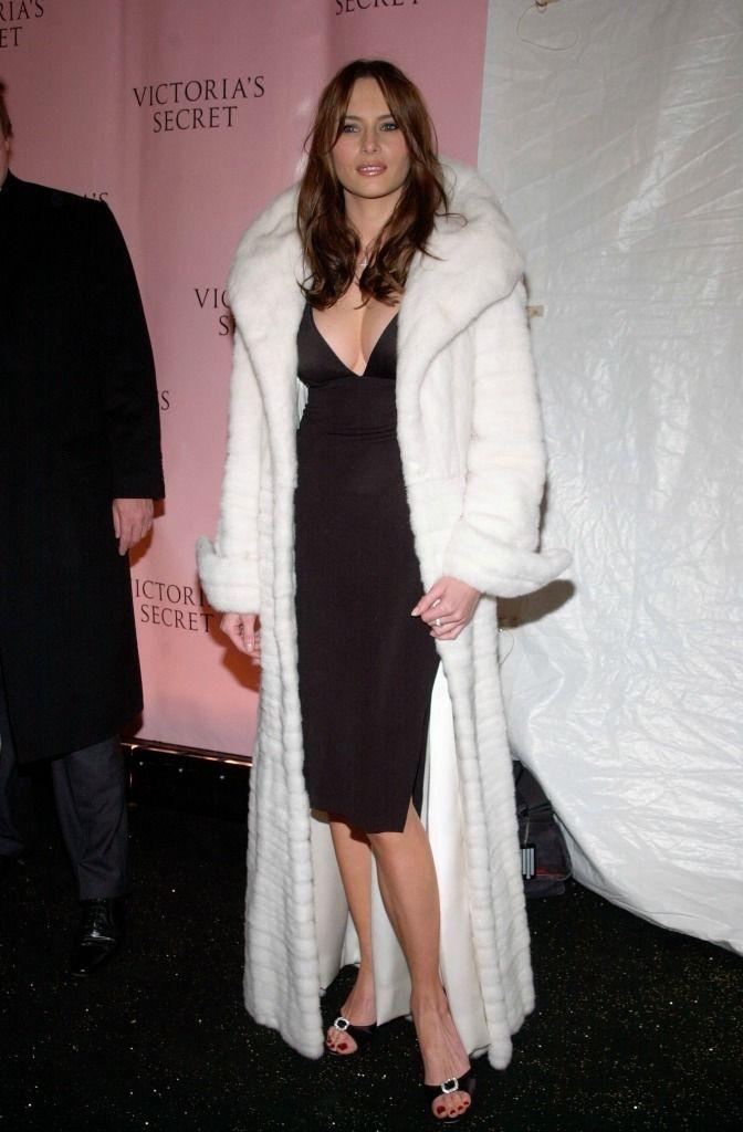 A Look Back At Melania Trump S Elegant Victoria S Secret Fashion Show Style Fashion Fashion Clothes Women Victoria Secret Fashion Show