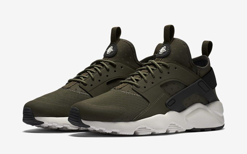 pretty nice 5091d fa3ef Nike Gears Up For Fall With Air Huarache Ultra  Cargo Khaki    Sole  Collector
