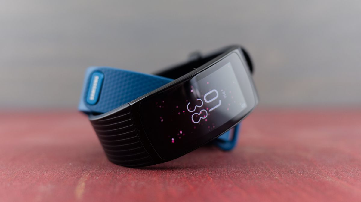 Samsung Gear Fit 2 Pro Review Samsung Gear Fit 2 Samsung Fitness