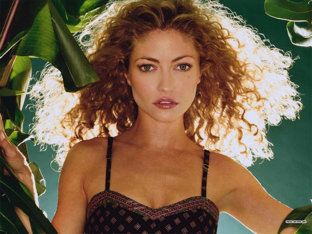 Rebecca Gayheart   Curly hair styles naturally, Rebecca