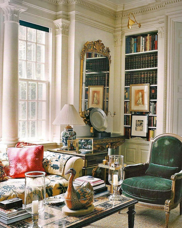 "𝒦𝒶𝓇𝓁𝒾𝓃𝒶 𝒥𝓊𝓁𝒾𝓃𝒶 on Instagram: ""Good Morning 🌞💚📷: Oscar de la rentas home, Kent, Conneticut. #classicinterior #classicdesign #biblioteca #antiquedecor #decor #instahome…"""