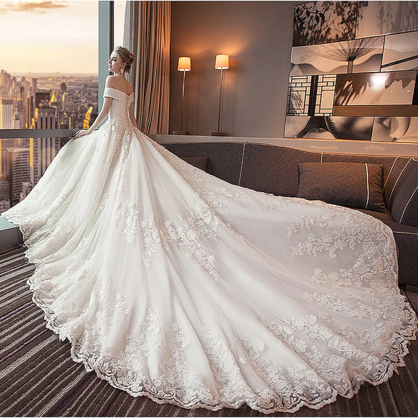 Plus Size Wedding Dress Ornate Elegant Bridal Gowns With Cathedral Train Long Train Wedding Dress Wedding Dress Train Cathedral Length Wedding Dress