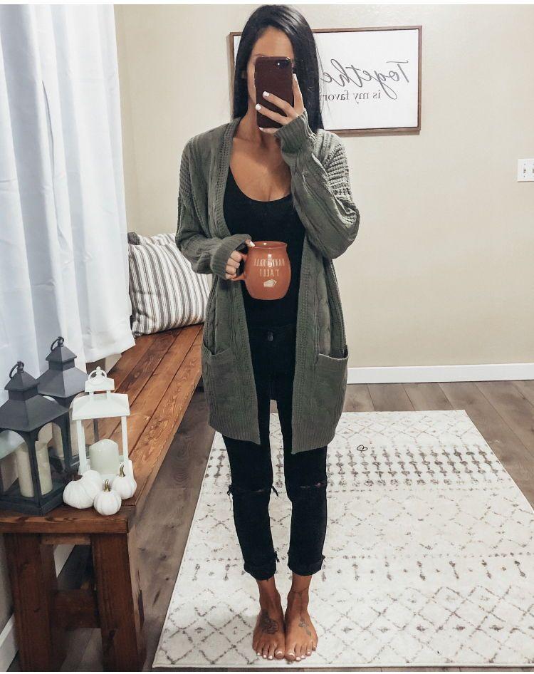 distressed black skinny jeans basic pullover sweater black skinny ankle jeans bodysuit simple chunky knit cardigan boyfriend cardigan white gel nail p…