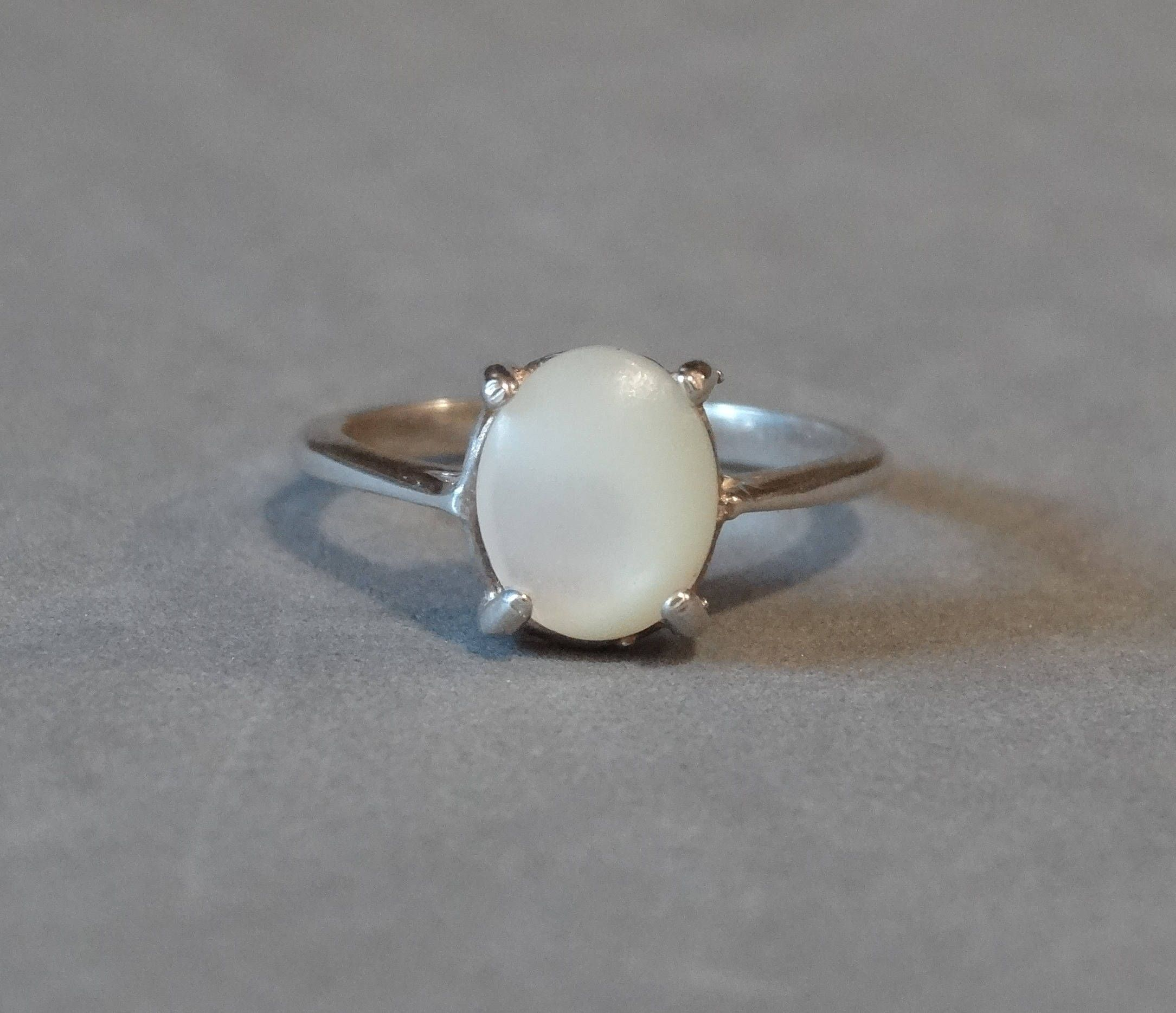 Find This Pin And More On Jewelry Lovers Galore Board Vintage Mother Of  Pearl