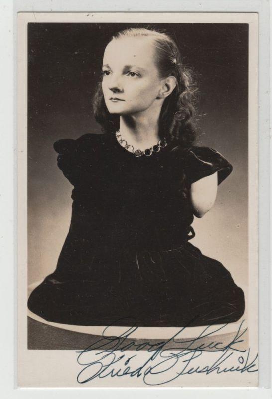 Frieda Pushnik