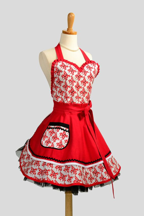 Womens Sweetheart Apron / Cute Red and White by CreativeChics, $38.00