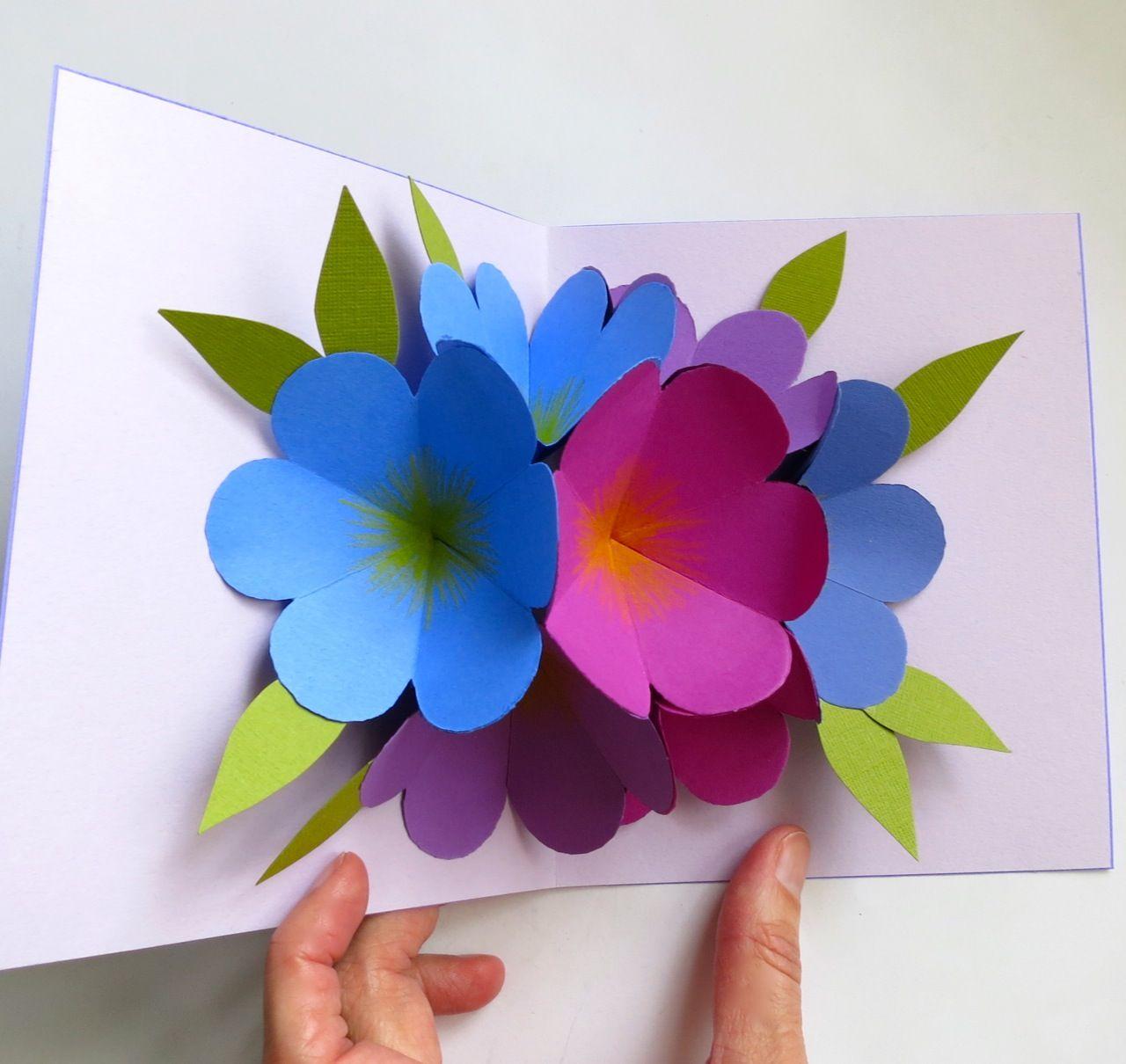 Как сделать цветы из бумаги своими руками для открытки, собирать открытки