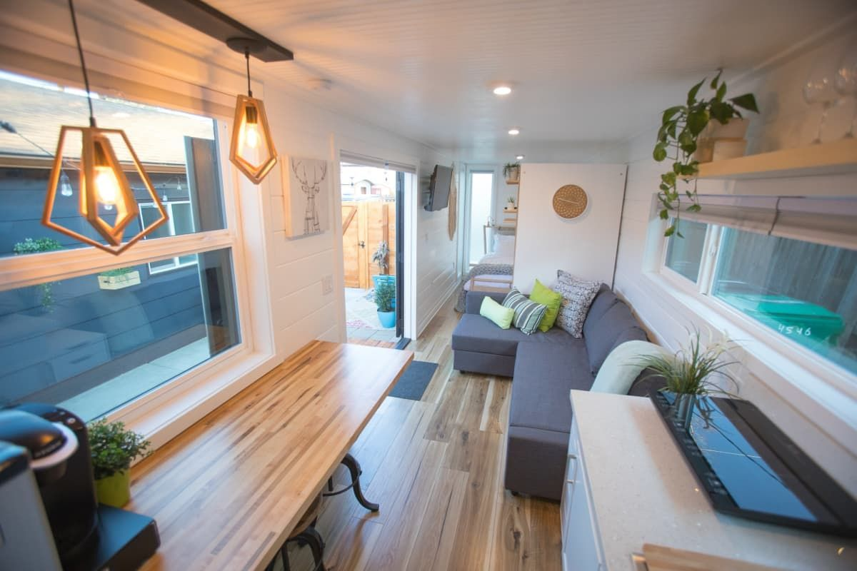 small luxury homes for rent